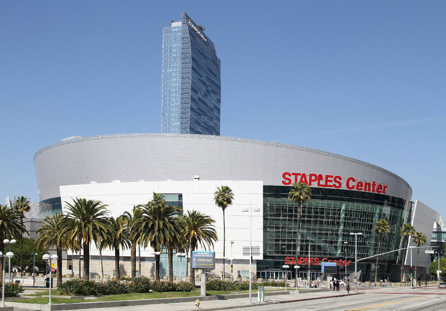 斯台普斯中心(Staples Center).jpg